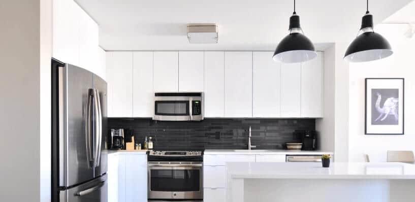 licht in der k che die richtige beleuchtung zum wohlf hlen. Black Bedroom Furniture Sets. Home Design Ideas