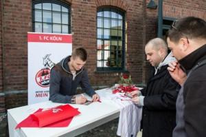 Autogrammstunde Kacper Przybylko