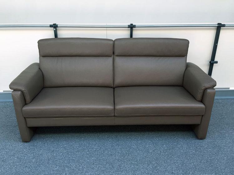 klassisch komfortabel neue sofa welten von. Black Bedroom Furniture Sets. Home Design Ideas