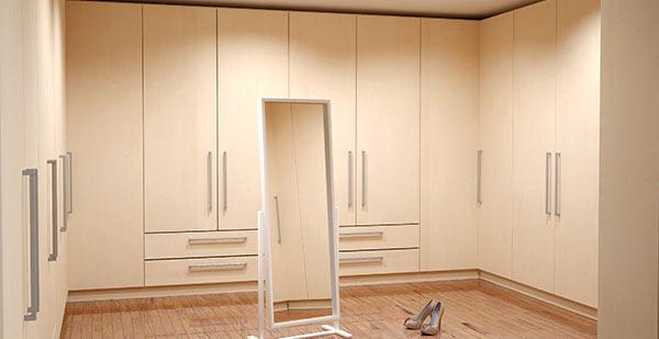 Begehbarer kleiderschrank ecklösung  Begehbaren Schrank nach Maß online konfigurieren | deinSchrank.de